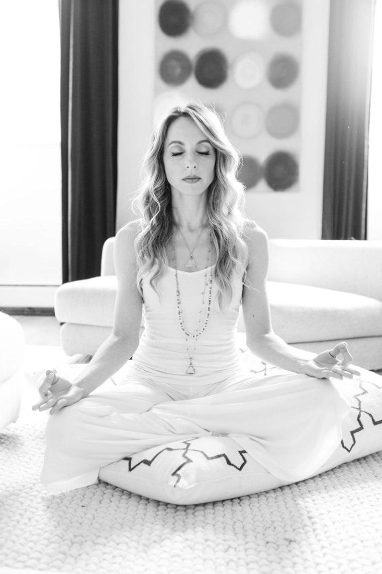 54992900042b4_-_hbz-meditation-glinn8-article