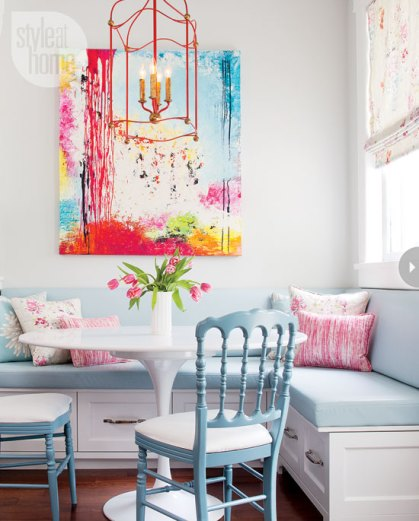 light-lively-interior-banquette