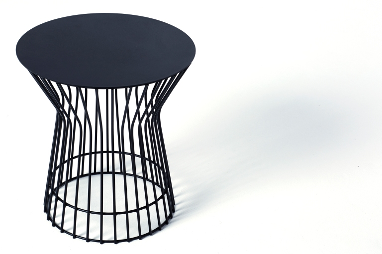 XO-Side-Table-Black-02