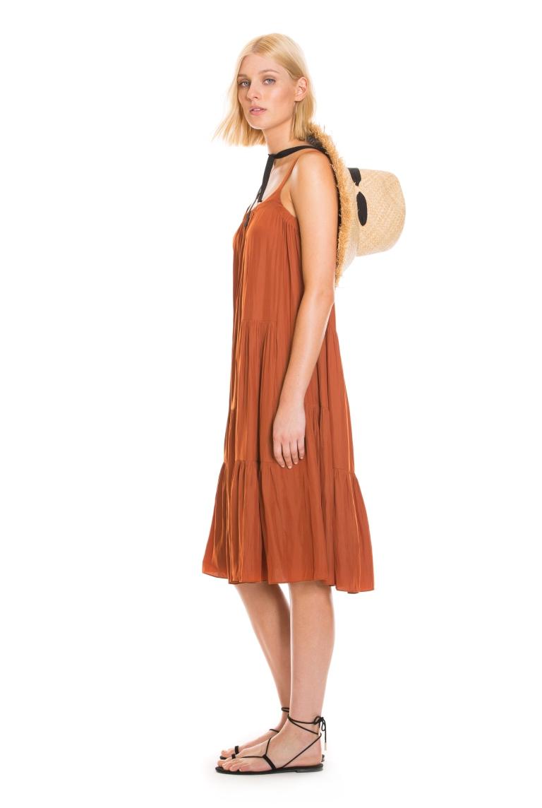 60187601 ~ Terracotta Red ~ 3.Model - Front