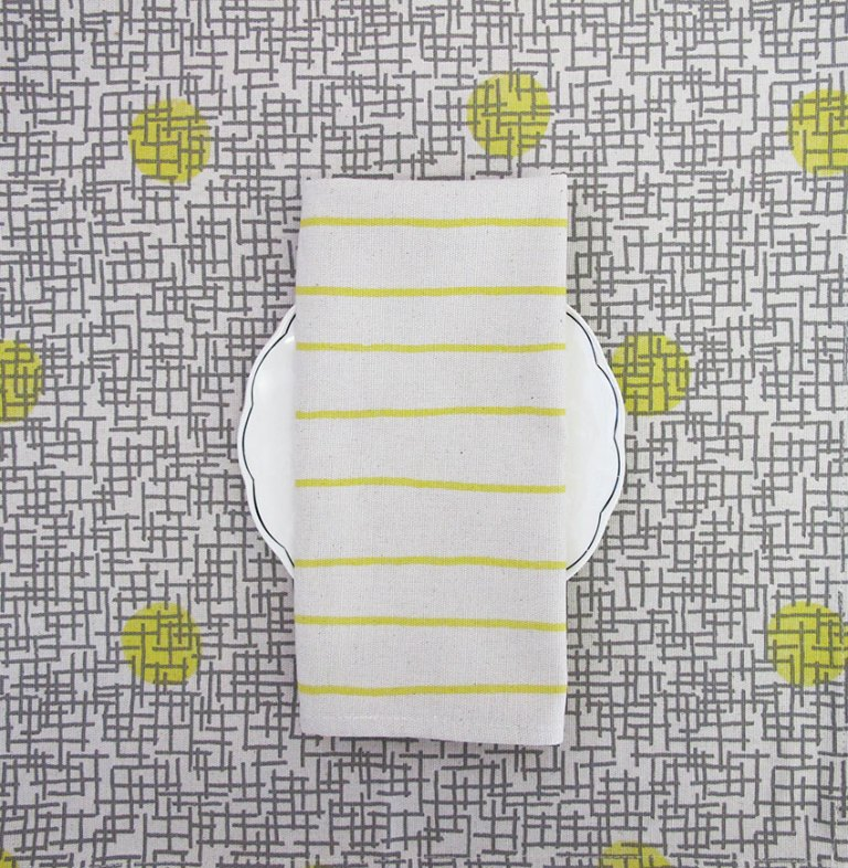 Table-Runner_Greys-Yellows-3