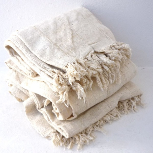 CL032-Natural-cotton-throw-600x600