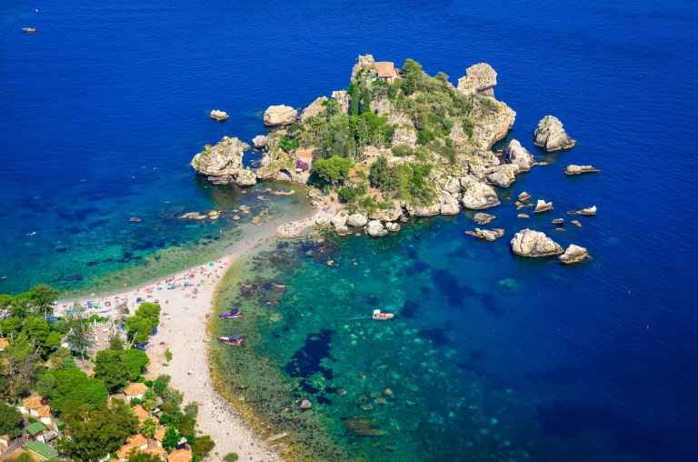 isola-bella-beach-in-taormina-sicily-italy-best-beaches-in-europe